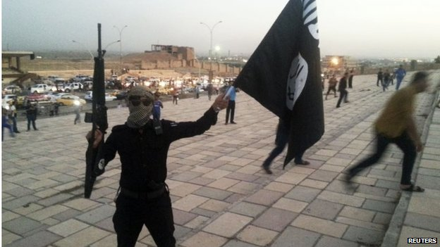 militants take over Iraq towns, un warns of tragedy ahead