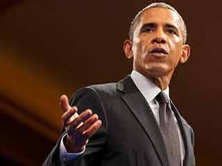 ObamaTalkingAP_LG