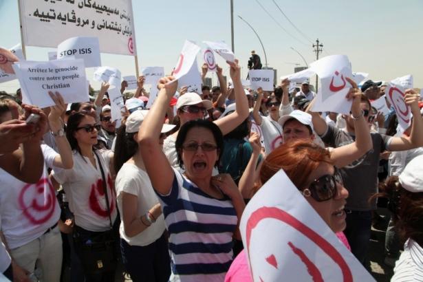 christians protest iraq killings