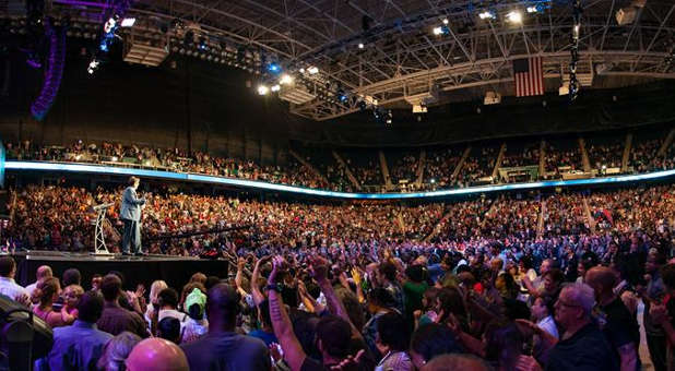 Nearly 15,000 people joined together last weekend at the Reinhard Bonnke Gospel Crusade in Greensboro, North Carolina.