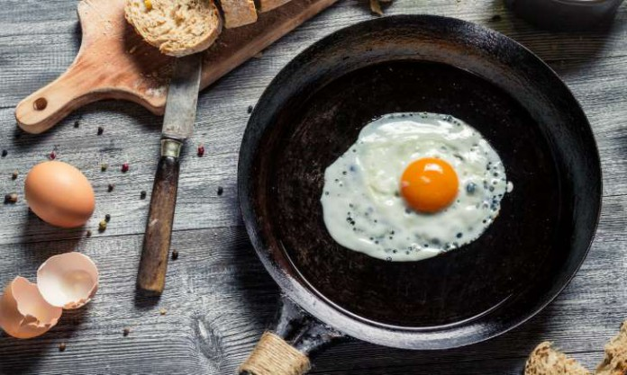 Try These Hacks to Make the Perfect Sunny Side Up Egg
